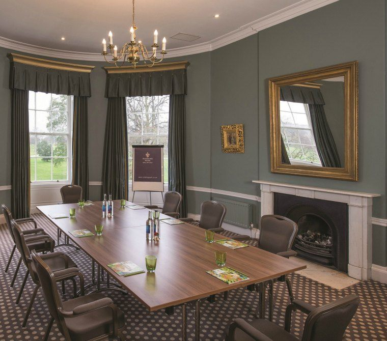 Oval rooms small meetings presentations or interview for Perfect kitchen harrogate menu