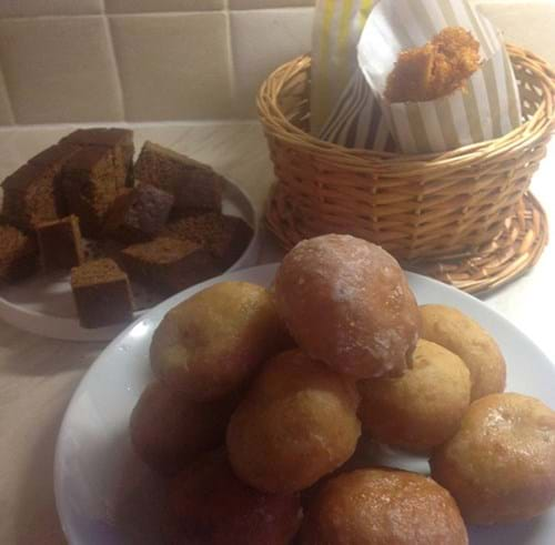 Parkin, honeycomb and doughnut bonfire treats