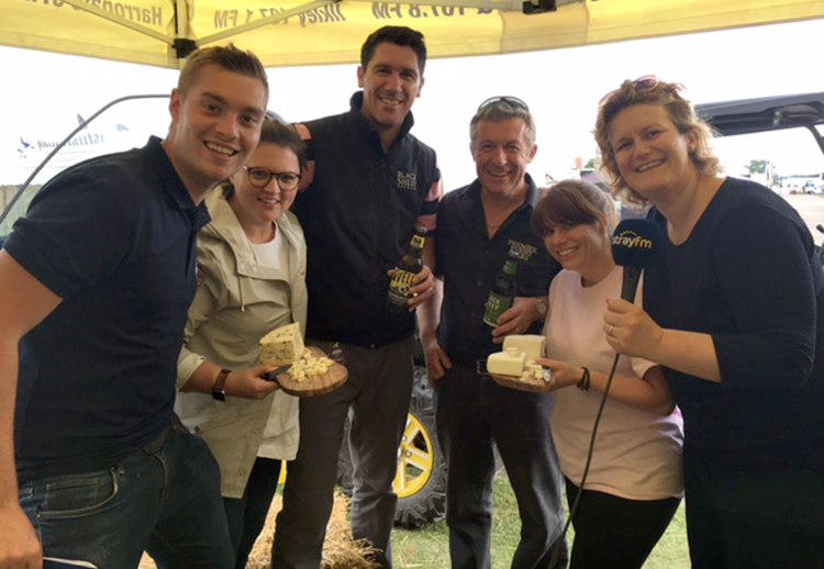 The Black Sheep, Shepherds Purse and Stray FM teams with Steph
