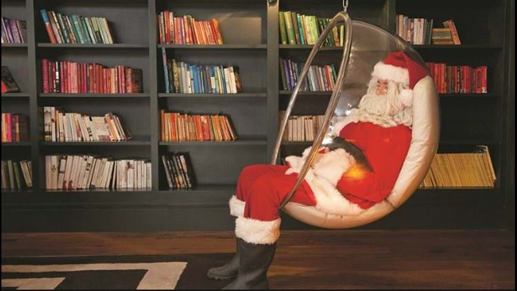 Santa in the Rudding Park Library